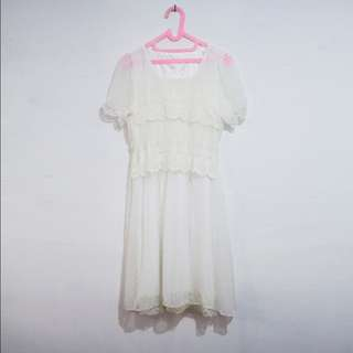 Dress Brukat / Brokat / Lace Semi Formal Warna Broken White