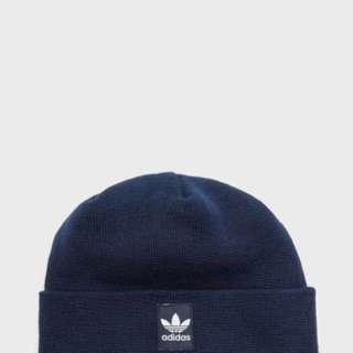 🔸六折預購🔸兩色adidas 秋冬短版 毛帽