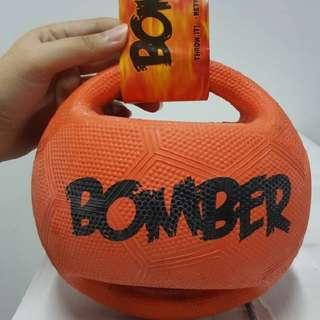 HAGEN Zeus Bomber Ball