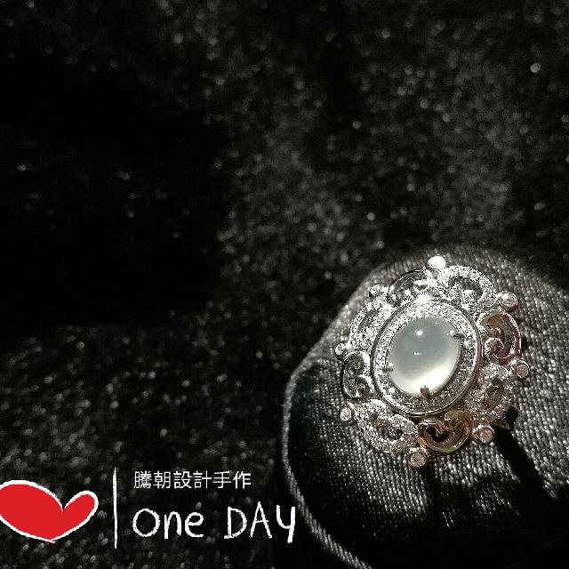 天然緬甸A貨玻璃種白翡戒指