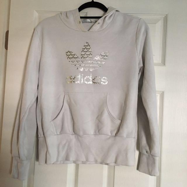 ADIDAS sweater size L