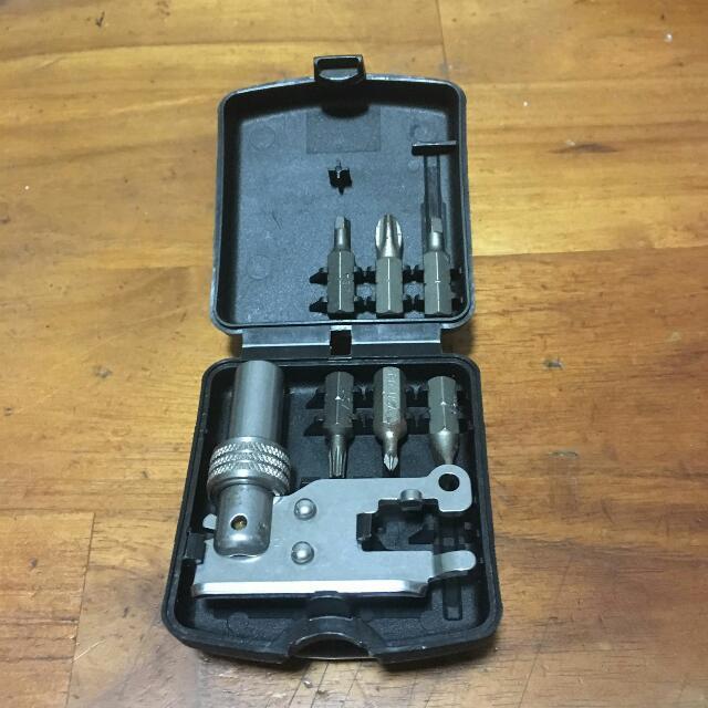 Leatherman tool adapter