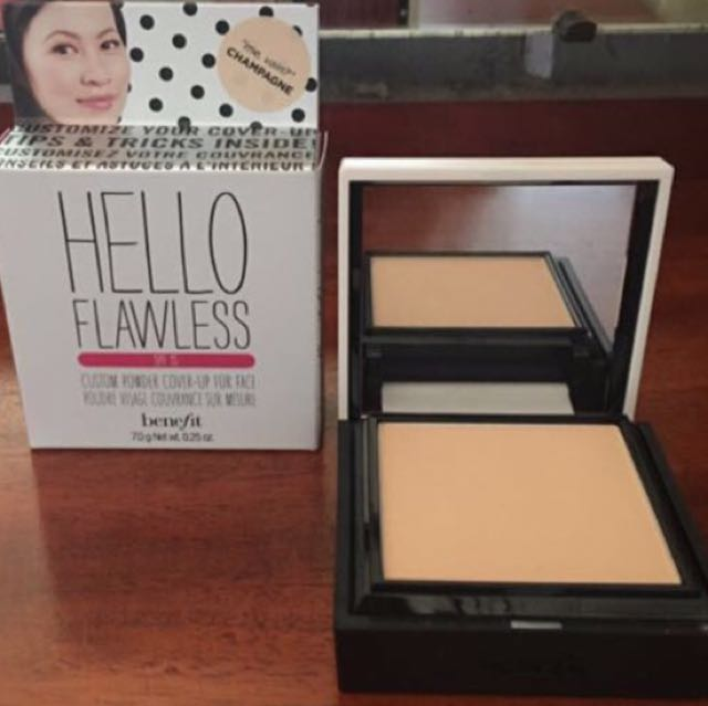 Benefit Hello flawless Powder - champagne