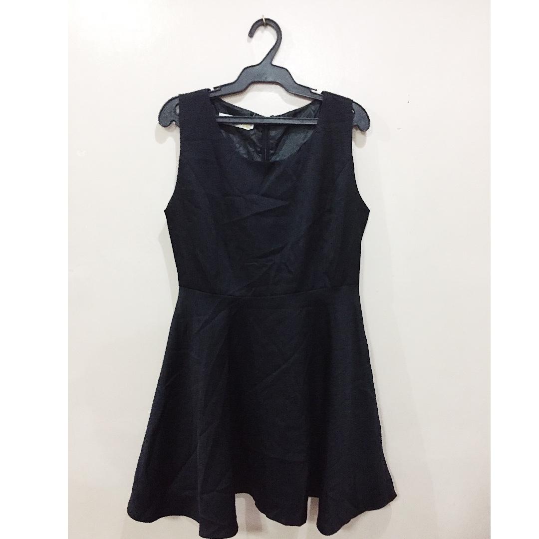 BLACK FORMAL A-LINE DRESS