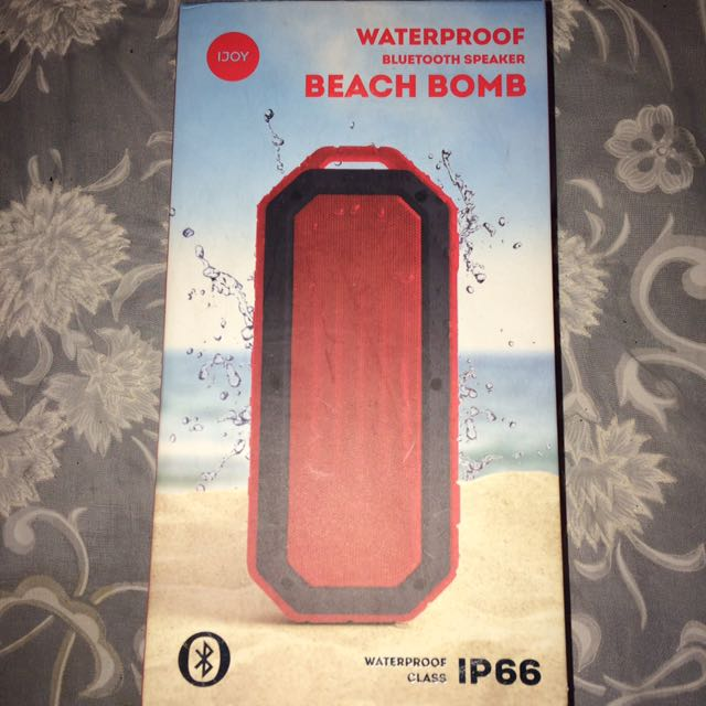 BRAND NEW WATERPROOF BLUETOOTH SPEAKER BEACH BOMB