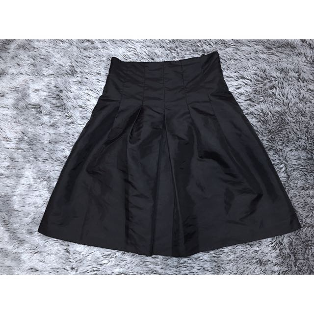 Calvin Klein Above Knee Length Poodle Skirt