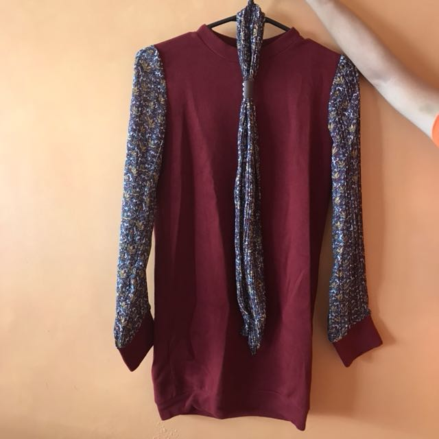 Classy comfy Dress in store for 1900 plus selling for 450 only fits xs-s