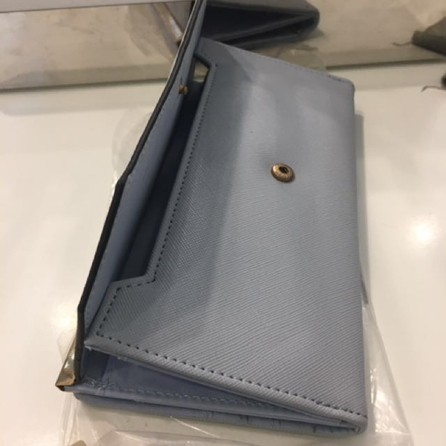 Dompet Newlook Baby Blue