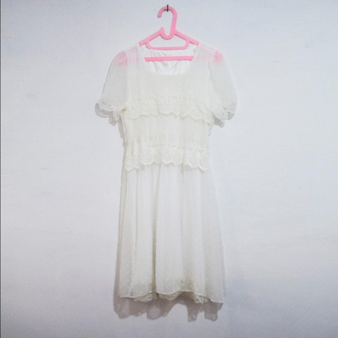 Dress Brukat / Brokat / Lace Semi Formal Warna Broken White