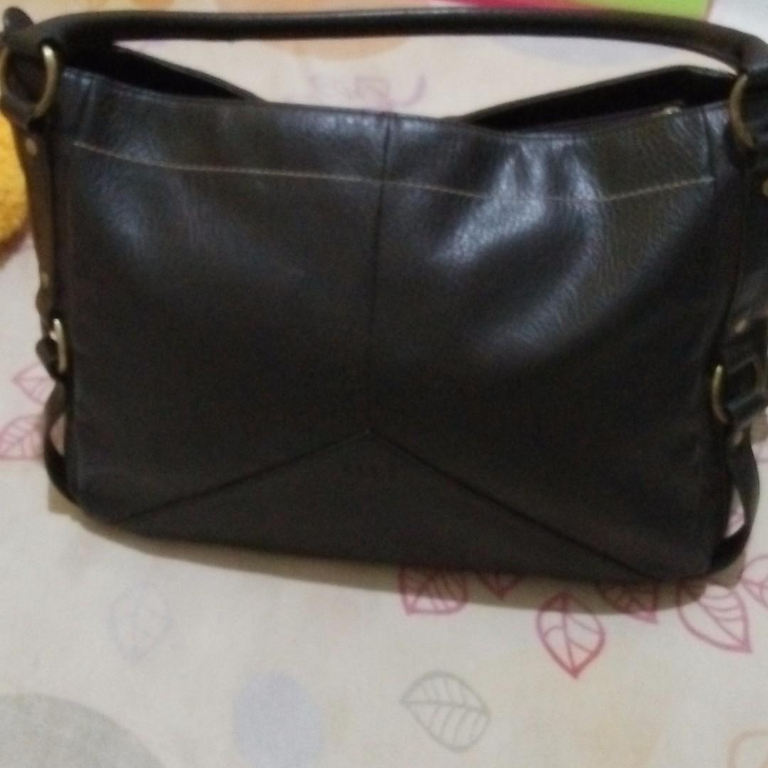 ELLE leather bag