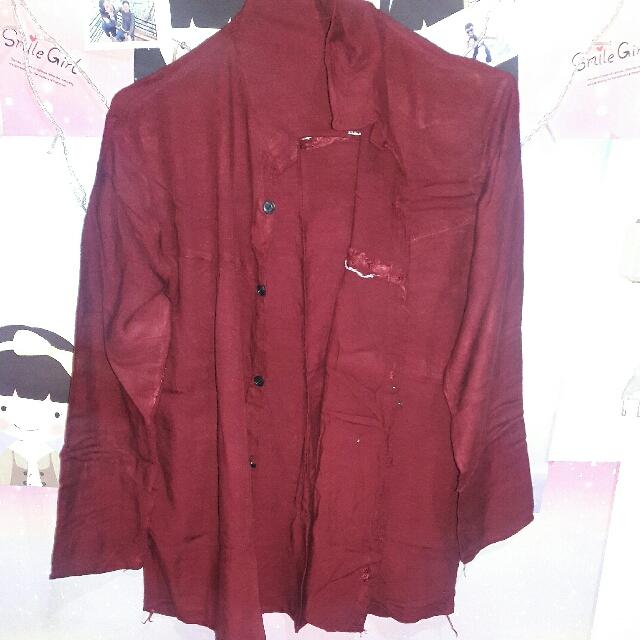 Kemeja Merah Maroon