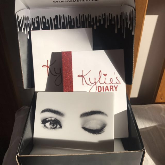 Kylie Diary Eyeshadow And Blush Set