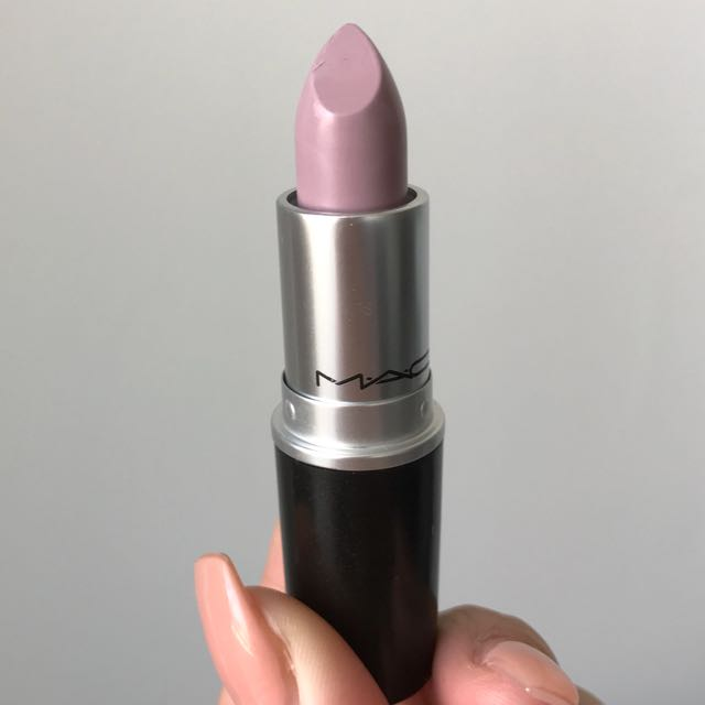 "MAC ""LAZY LULLABY"" LIPSTICK"