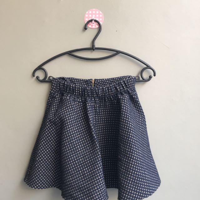 Mini skirt. Rok mini.