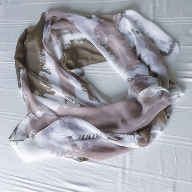 Multifunction scarf