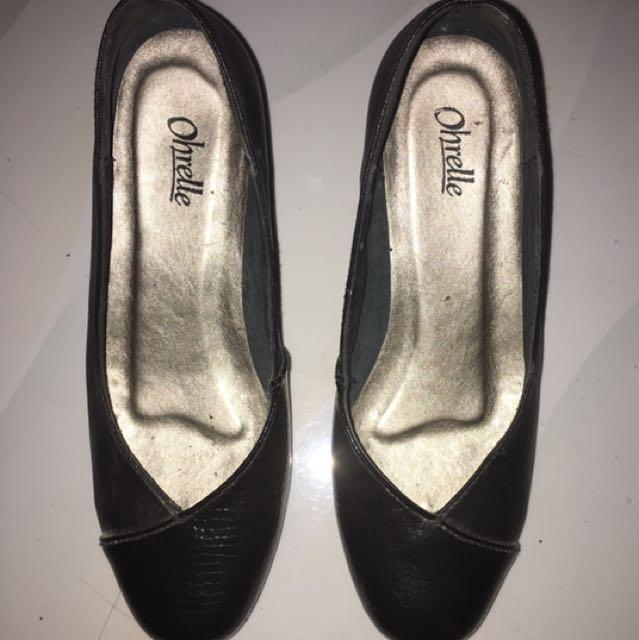 Ohrelle black shoes
