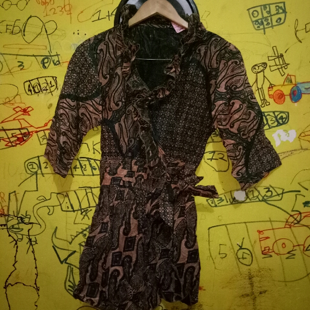 #prelovedkusayang BLOUSE BATIK OWN PRELOVED GOOD CONDITION SIZE : FIT TO XL