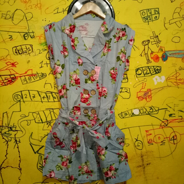 #prelovedkusayang JUMPSUIT CELANA PENDEK OWN PRELOVED GOOD CONDITION SIZE : M