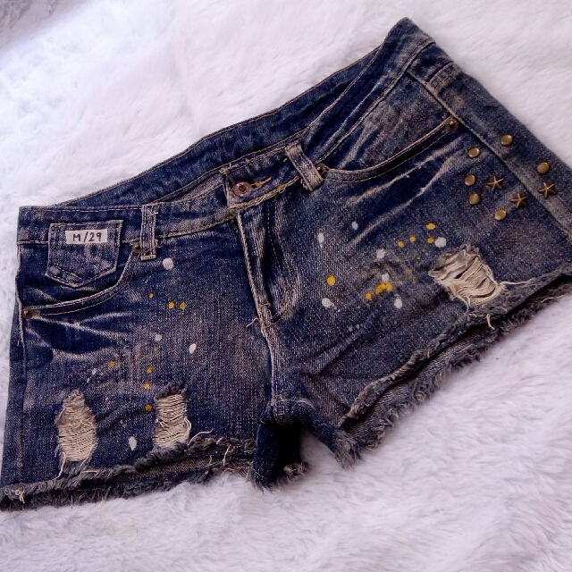 ONSALE!! Size 29 Denim Shorts