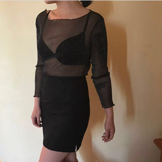 Snake print mini black skirt