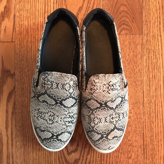 Snakeskin Slip-on Shoes Size 36