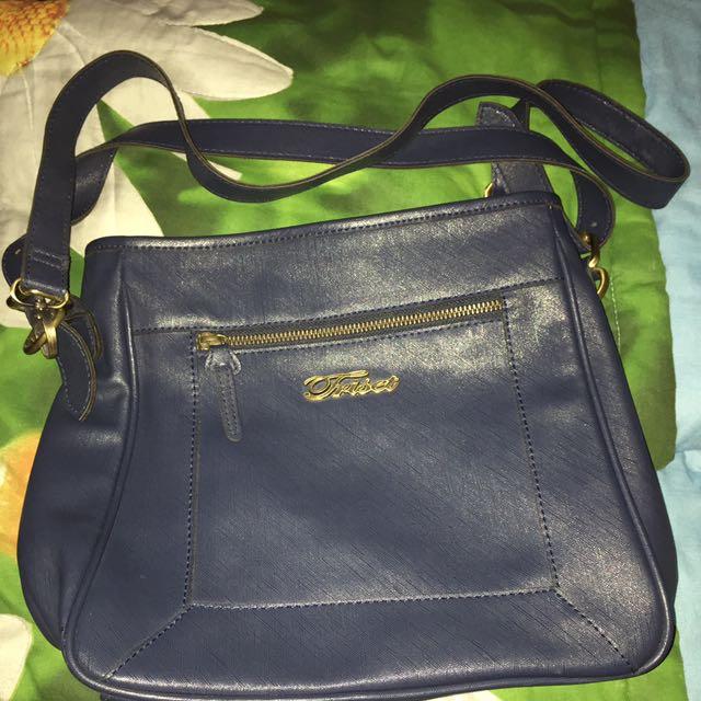 Triset bag