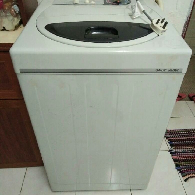 Washing Machine Mesin Basuh Peralatan Dapur Di Carou