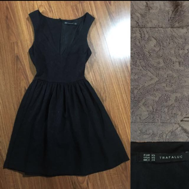 Zara V-neck Black Dress
