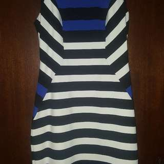 Cue in the City Dress Size 12