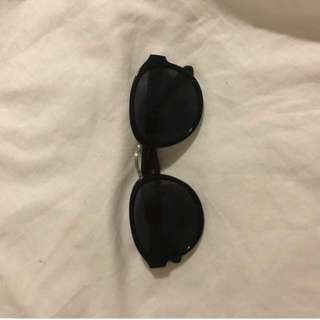 Black Sunglasses Free with any purchase