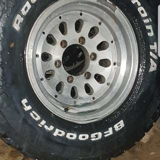 5 4wd mud tyres and rims all 80% tread