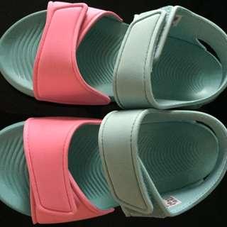 Adidas Authentic Girls Sandal Size 12
