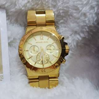 Michael Kors Authentic Preloved