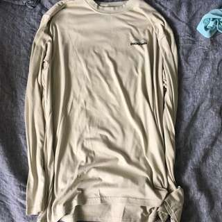 Patagonia breathing long sleeve size L