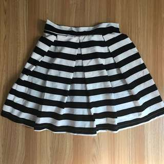 Black & White Stripes Skirt