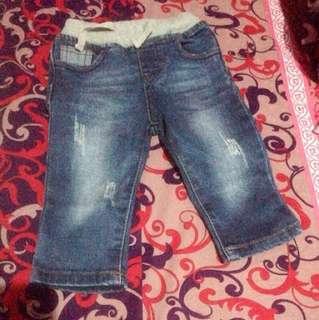 Jeans umur 6 month