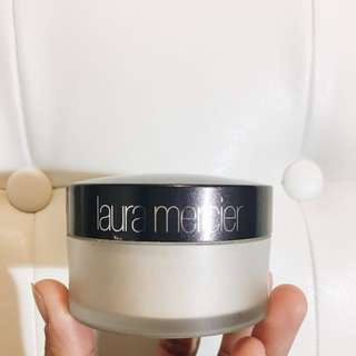 Laura Mercier Translucent Loose Powder