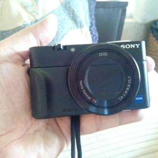 Sony RX100 Mk3 High End Compact Camera