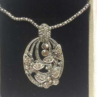 Pendent With Chain