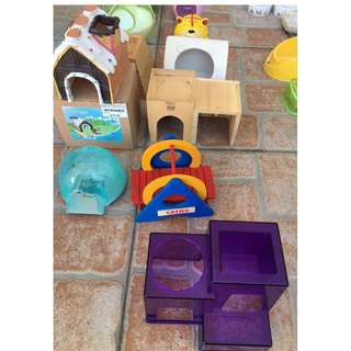 Hamster houses hideouts accessories