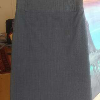 JACQUIE skirt size 6