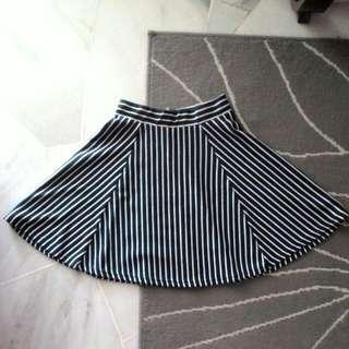 H&M Stripe Skater Skirt #JulyPayDay