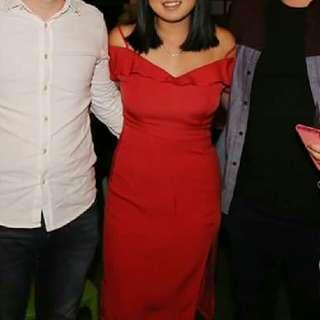 Off The Shoulder Dress RED Size 10