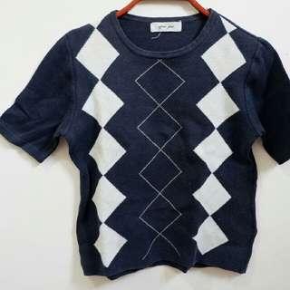 knited top motiv