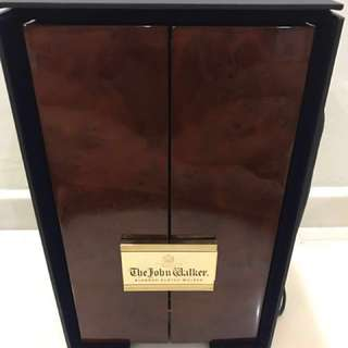 Johnnie Walker Limited Edition 24K Gold plated Casing