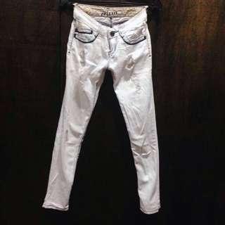 CRISSA Ripped Skinny Jeans