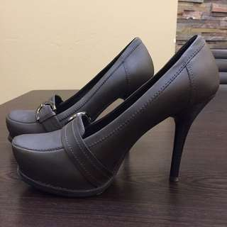 Stella Luna Heels (size 35.5)
