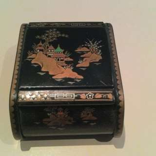 Chinese Black Laquer Trinket box