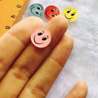 Colorful acrylic smiley faces cabochons 5 per pack