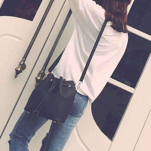 流蘇側背包